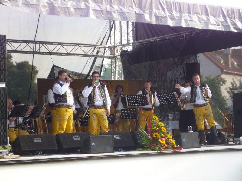 prehlidka-dechovek-damborice-dh-tufaranka-ii.jpg